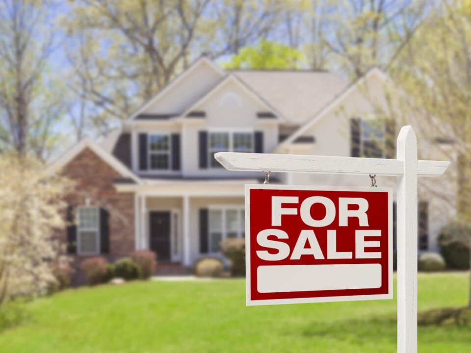 you need a realtor when buying or selling a home